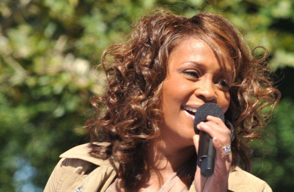 Film Whitney Houstonist: seni avaldamata videokaadrid ja eksklusiivsed kontsertsalvestused
