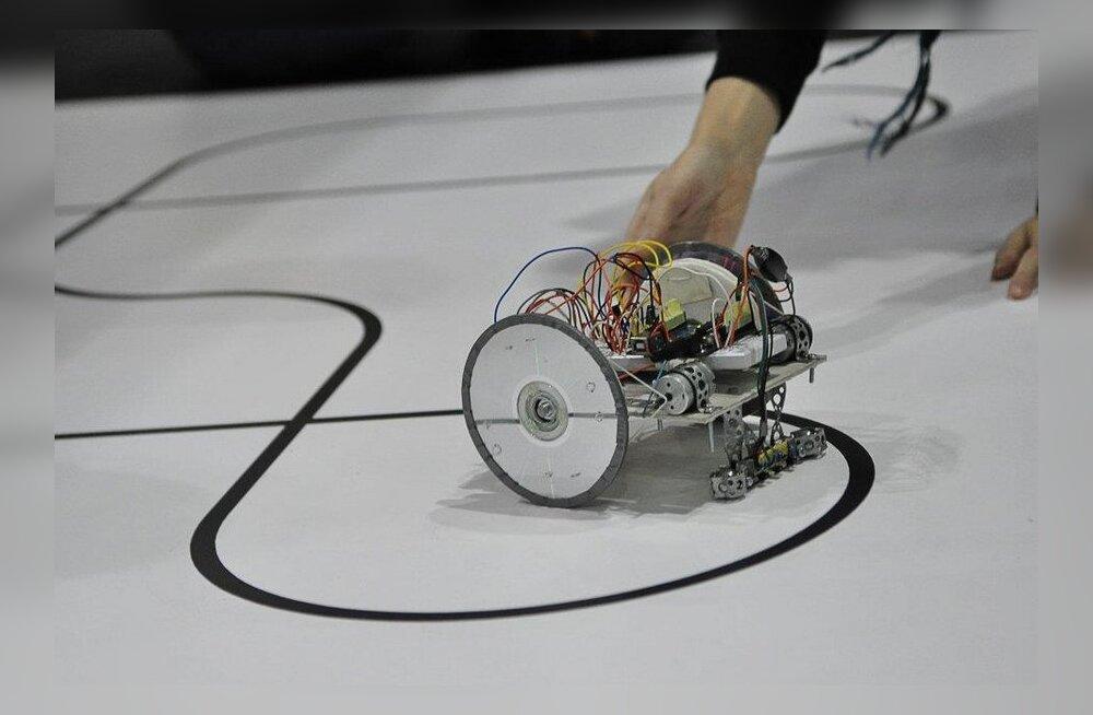 VIDEOD: Robotex 2012 23.-25. novembril TTÜ Spordihoones