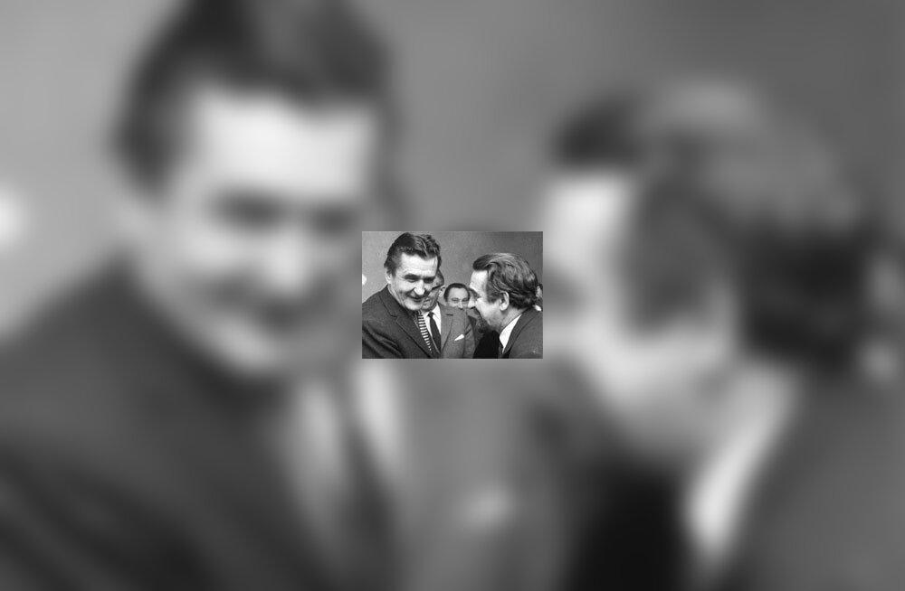 JAAK URMET: Robert Vaidlo, doktor Meerike ja Kukeleegua