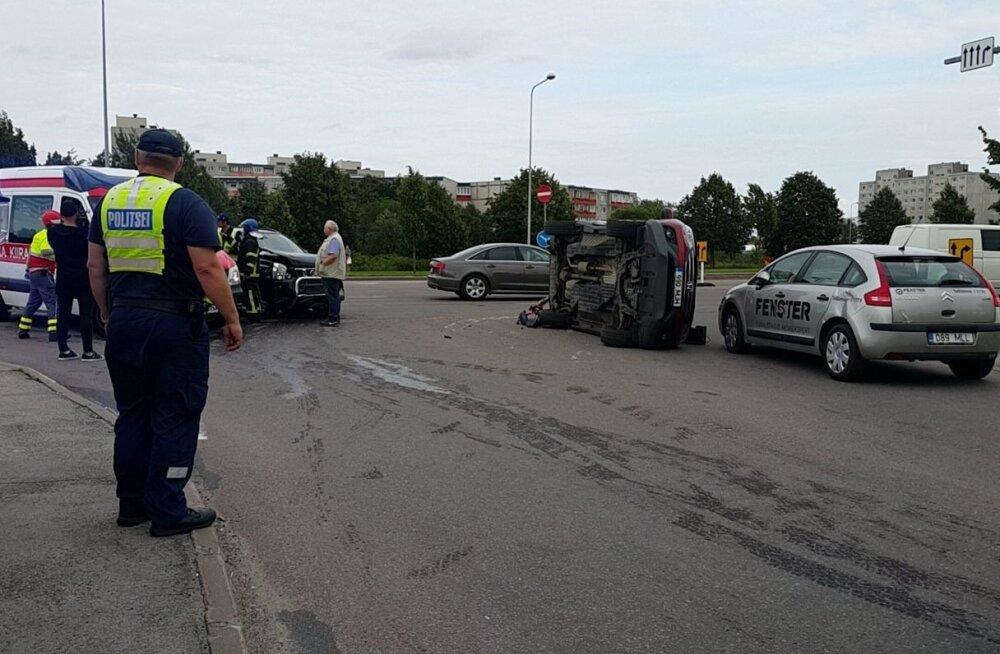 Liiklusõnnetus Lasnamäel Mustakivi teel