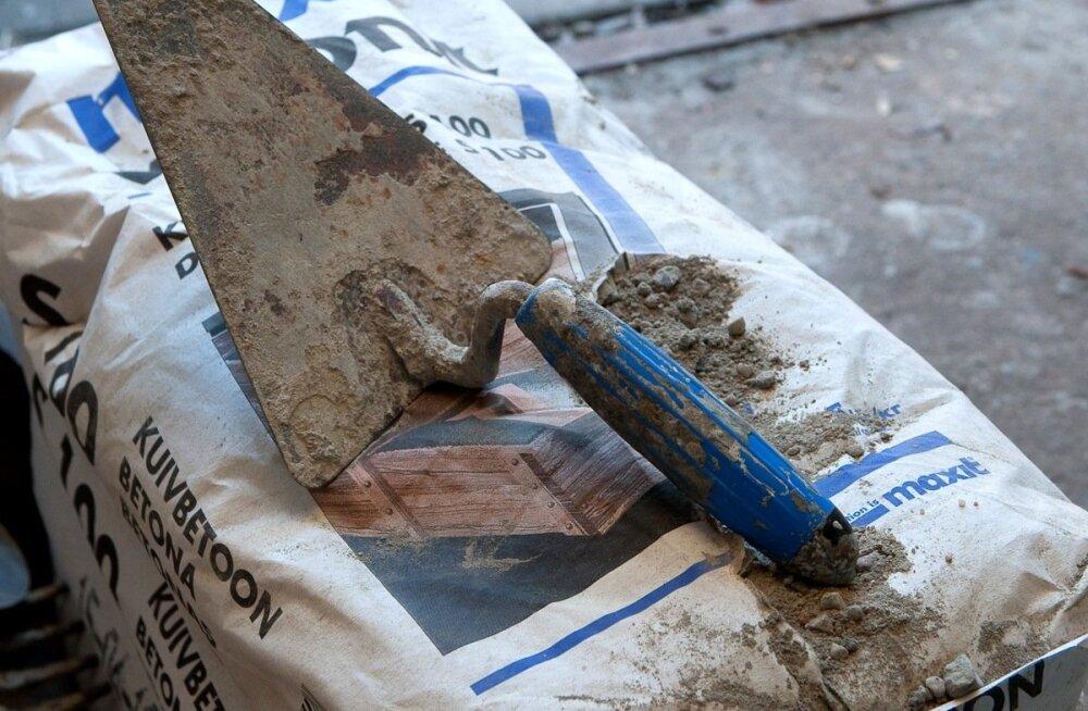 HOMSES MAALEHES | Kas tõesti muutub uute hoonete ehitamine nende jaoks, kel pangaarvel miljoneid pole, peagi kättesaamatuks luksuseks?
