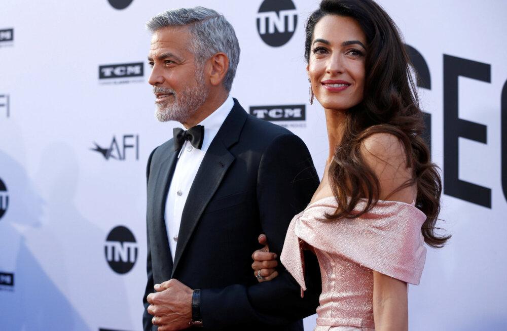 Жена запрещает Джорджу Клуни видеться с детьми