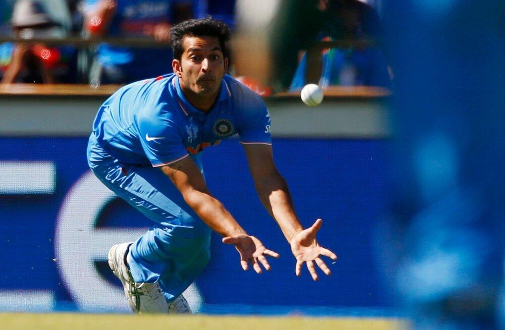 India ja Mohit Sharma võidutee katkes 2015. aasta MM-il poolfinaalis, kui vannuti alla hilisemale tšempionile Austraaliale.