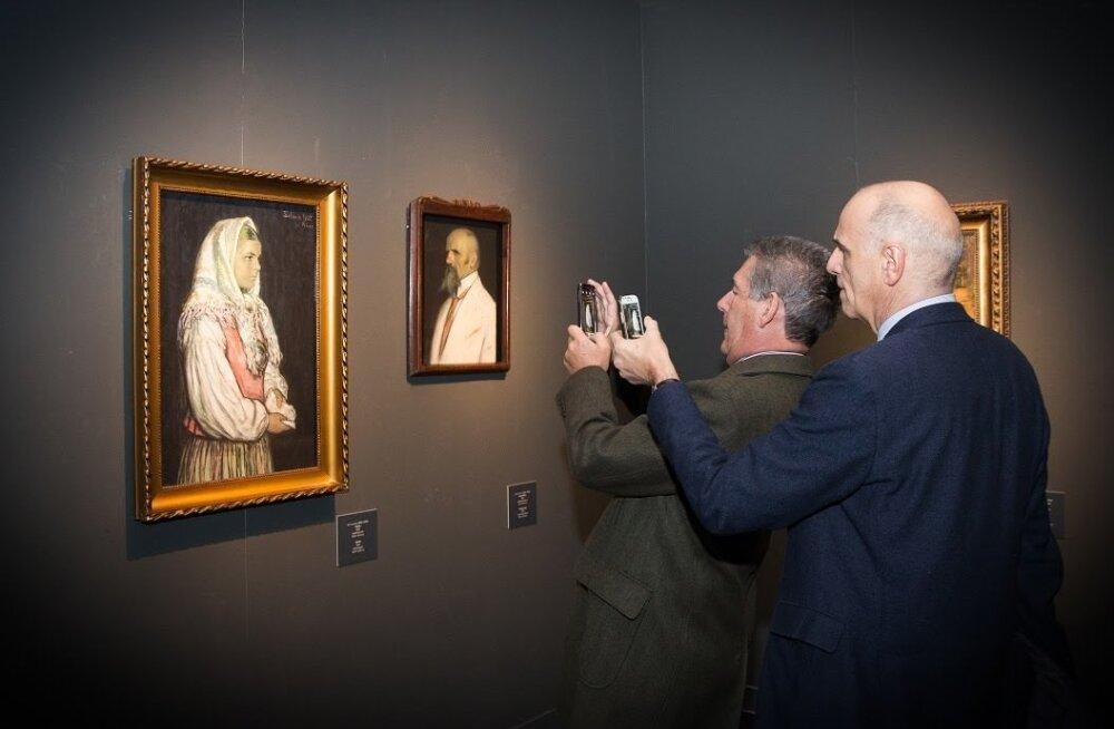 """Näitus """"Põhjala värvid"""" pälvis Rooma väga elavat tähelepanu."""
