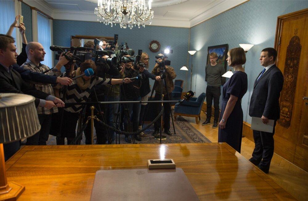 Uus Eesti peaminister Jüri Ratas ja president Kersti Kaljulaid Kadriorus