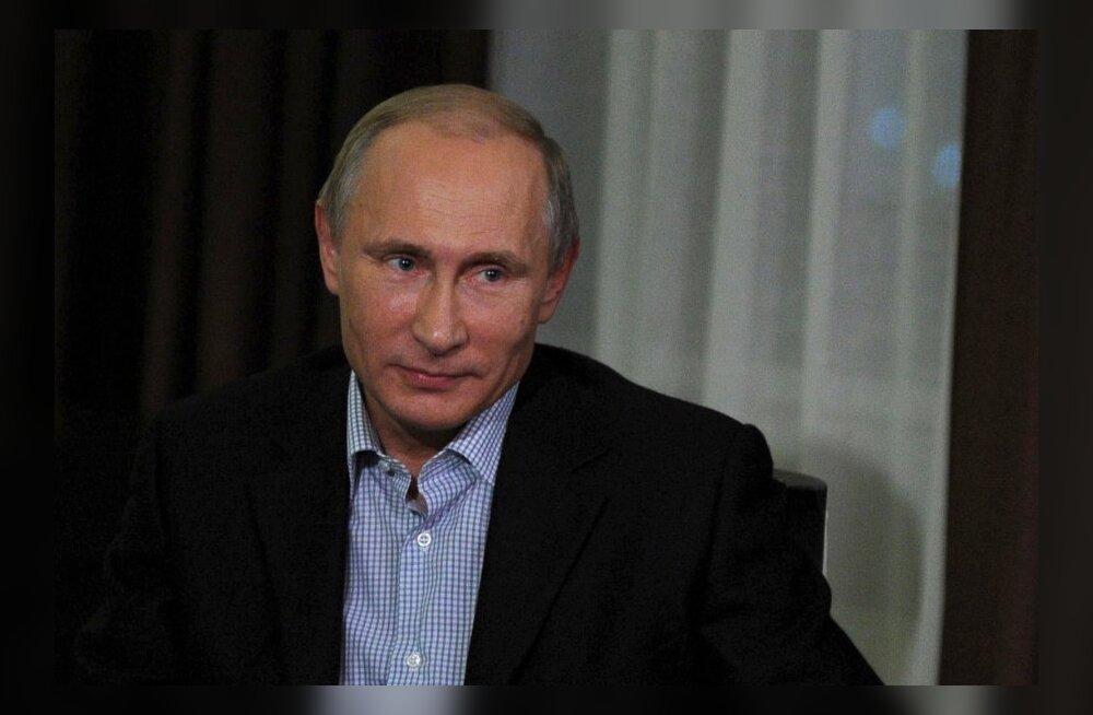 Sada protsenti venemaalastest usaldab Putinit