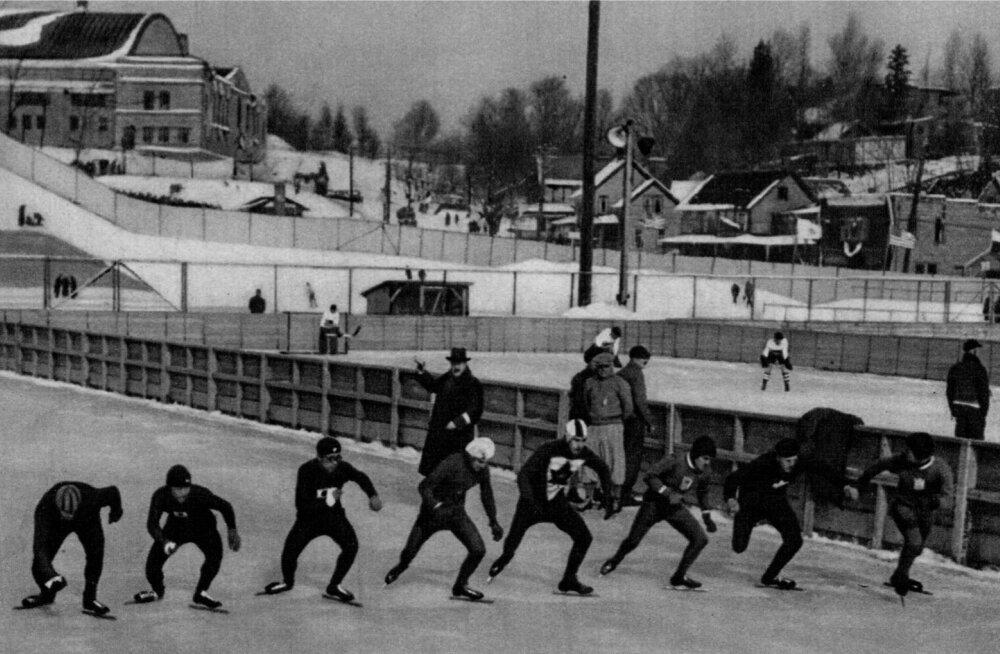 1932. aasta Lake Placidi talimängudel võisteldi ameeriklaste soovil kiiruisutamises esimest ja viimast korda ühisstardist, mistõttu mitmed nimekad Euroopa uisutajad loobusid olümpiast.