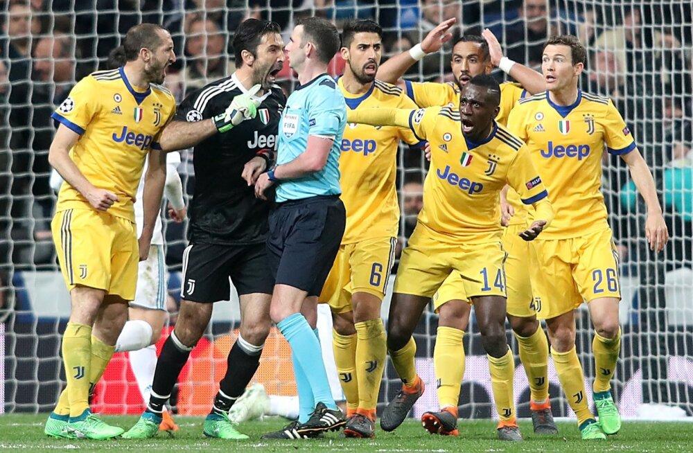 Gianluigi Buffon tegemas oma seisukohta Michael Oliverile selgeks.