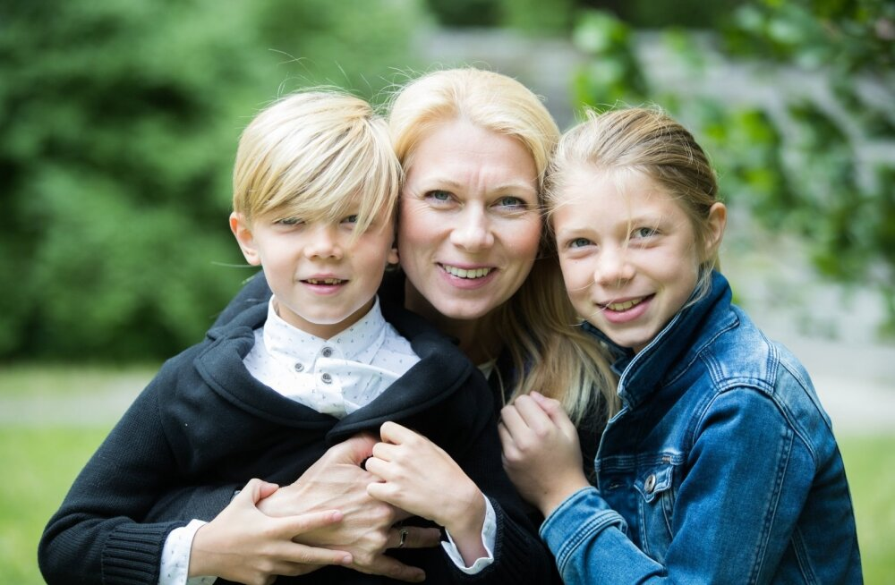 Kristina Šmigun-Vähi lastega Hirvepargis