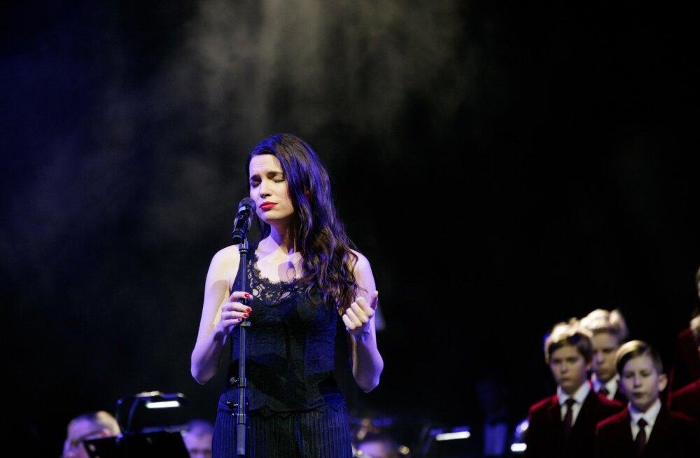 Õiguste eest seisja autasu üleandmine Nordia kontsertsaalis