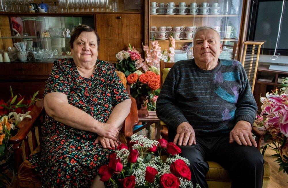 ФОТО и ВИДЕО: Супруги Куусемяэ советуют и в суровые времена не забывать о празднике