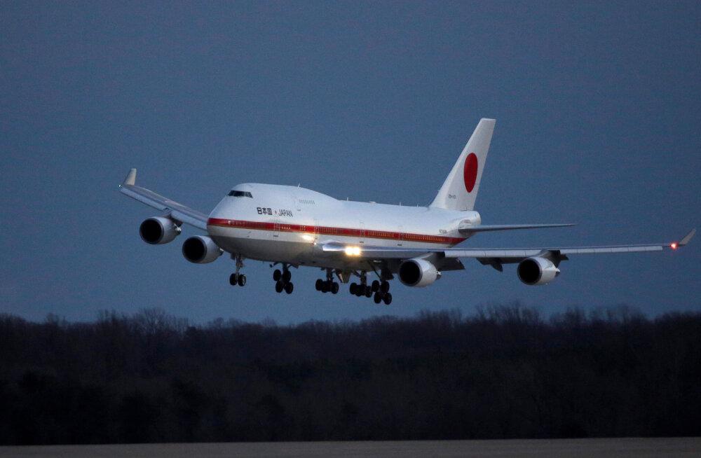 Reedel Tallinna külastanud Jaapani peaministri lennuk kaotas päev varem tiiva küljest tüki