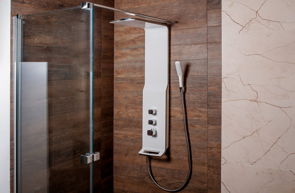 Kuidas valida dušinurka? Vaata ka lisaks, kuidas 8 minutiga saab teisaldatava dušikabiini kokku