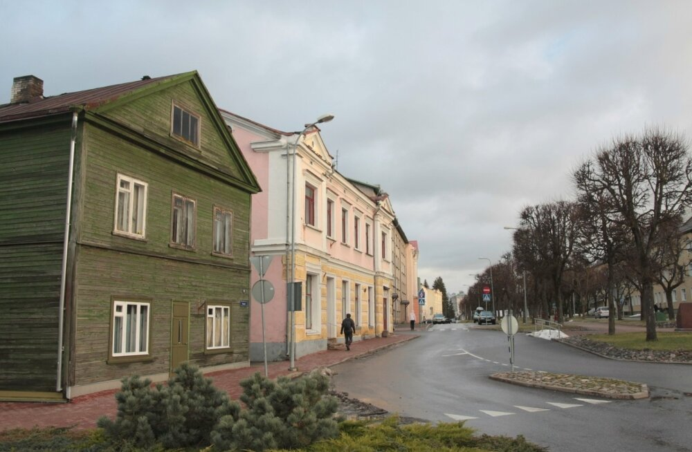 Сутки на дорогах Эстонии: два ДТП, шесть пострадавших, 13 пьяных водителей