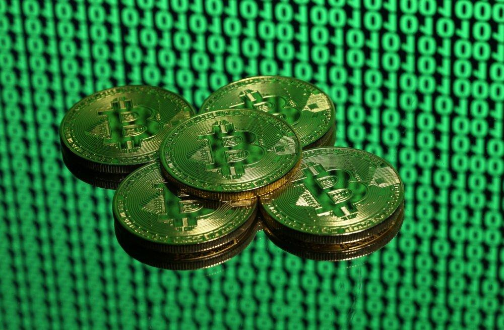 Bitcoin on maania faasis. Inimesed võtavad krüptoraha ostmiseks kinnisvara tagatisel laenu