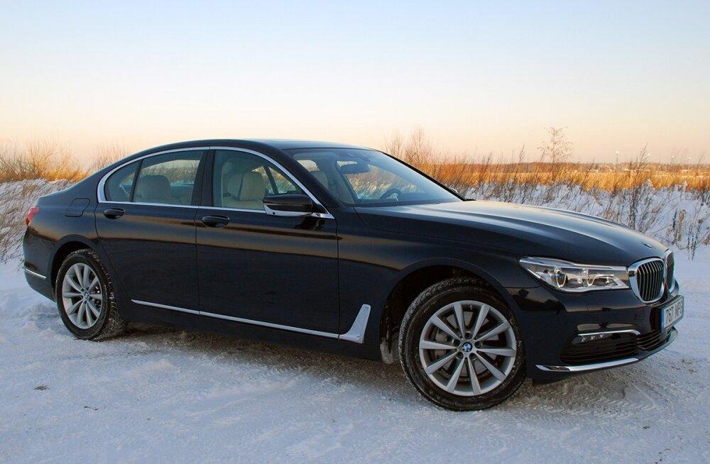 Accelerista proovisõit: Väljapeetud ja soliidne BMW seitsmes seeria