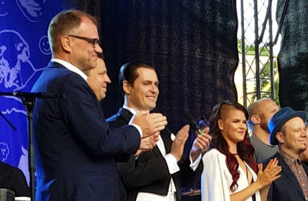 FOTOD ja VIDEOD | Briti X-Factori finalist Saara Aalto astus lavale koos eesti muusikutega