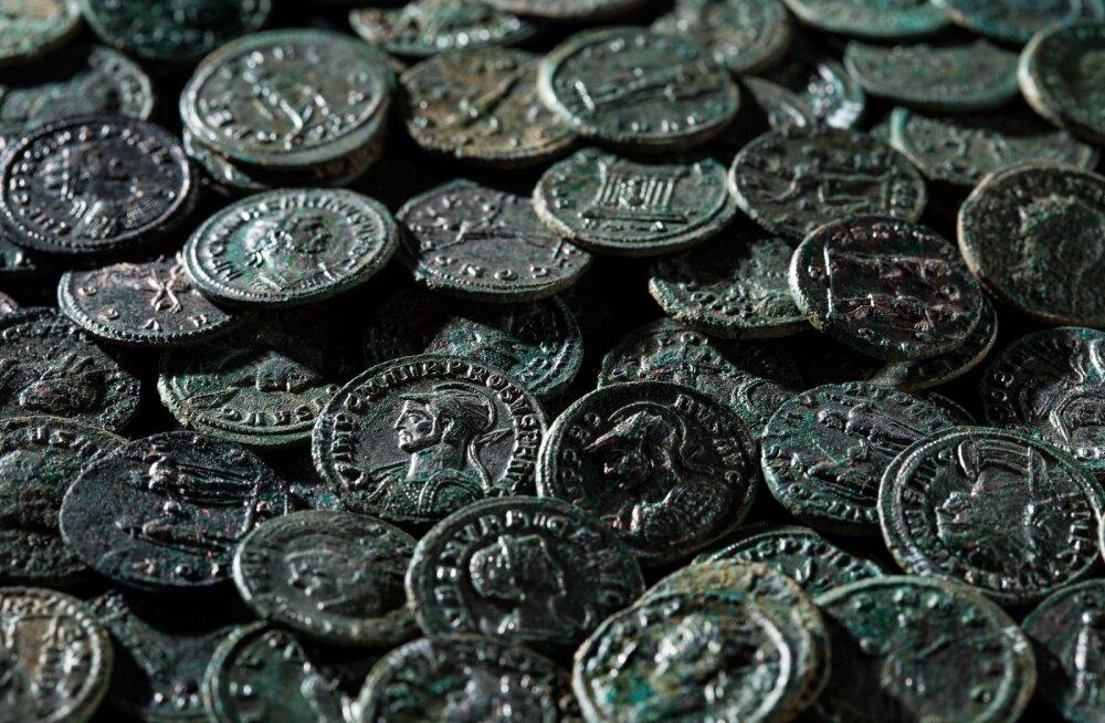 Uhtna leid tõestab pronksehete valmistamist Eestis Rooma müntidest