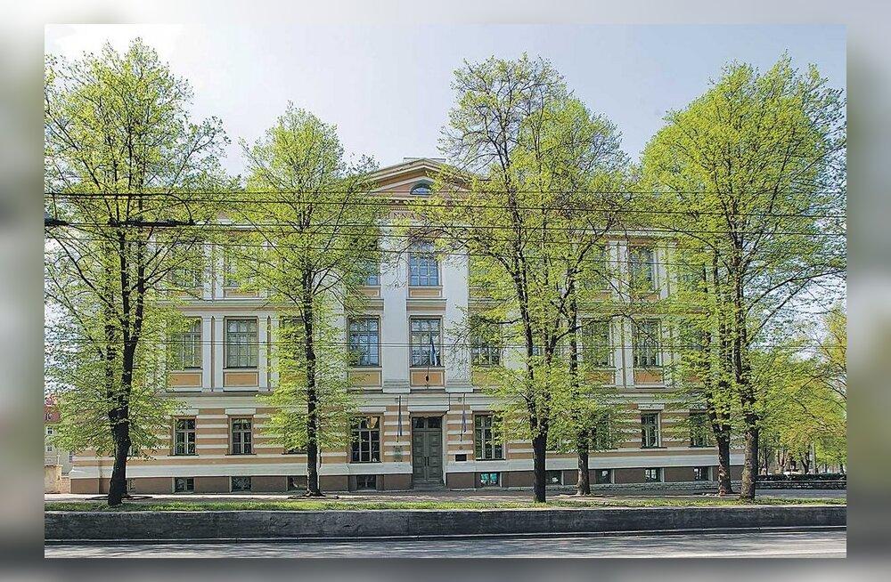 Loodavat Reaali erapõhikooli kritiseeritakse Tallinna reaalkooli mainest kasu lõikamise pärast