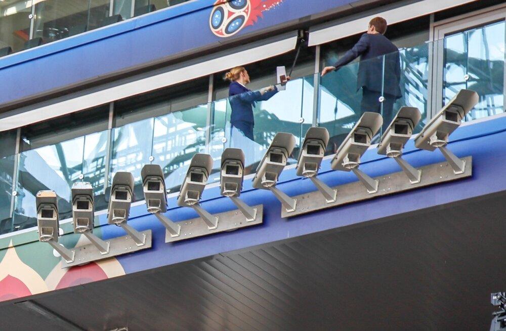 Suur Vend – selliseid kaameraridu on MM-i võõrustavad staadionid täis.