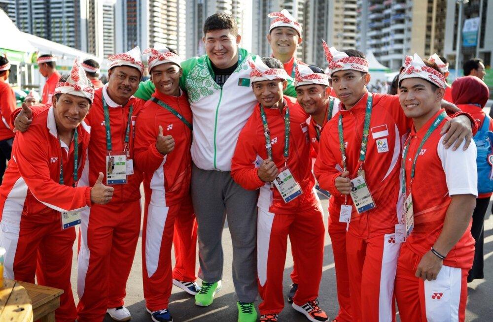 Türkmenistani suurlootus Hojamuhammet Toitšijev.