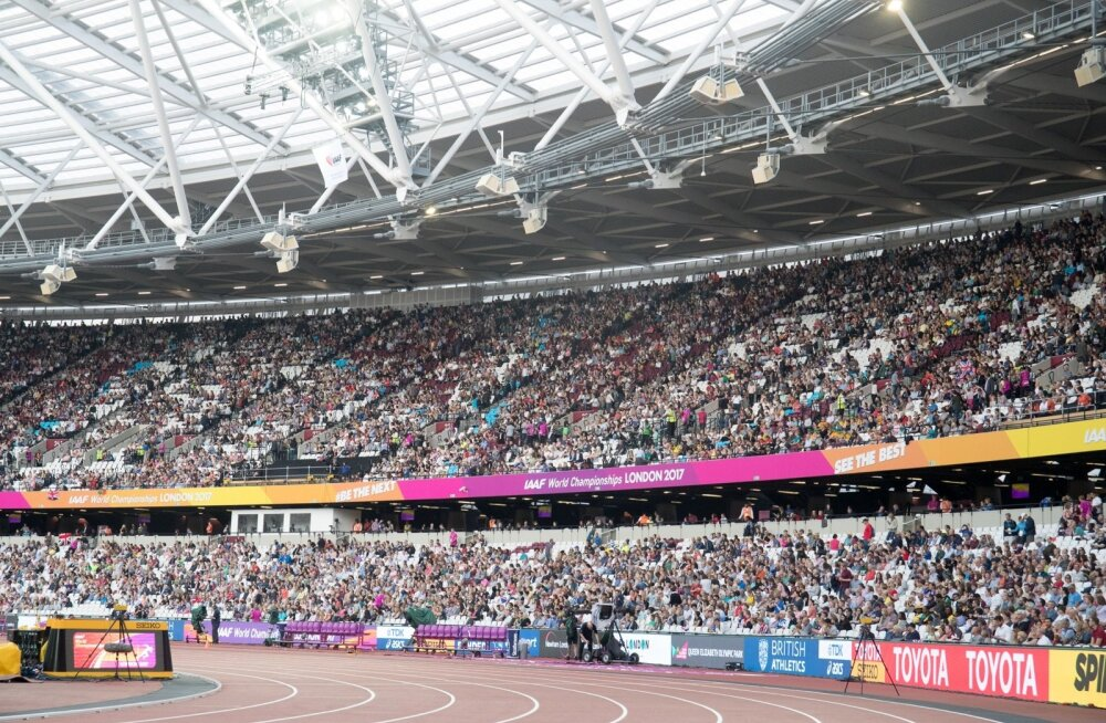 Londoni olümpiastaadioni tribüünid on kergejõustiku MM-i ajal pilgeni täis.