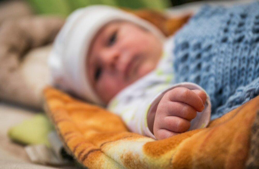 Anonüümsete doonorite lapsi Eestis sündinud vähemalt 500, kui mitte lausa üle tuhande. Täpset arvu ei tea keegi.