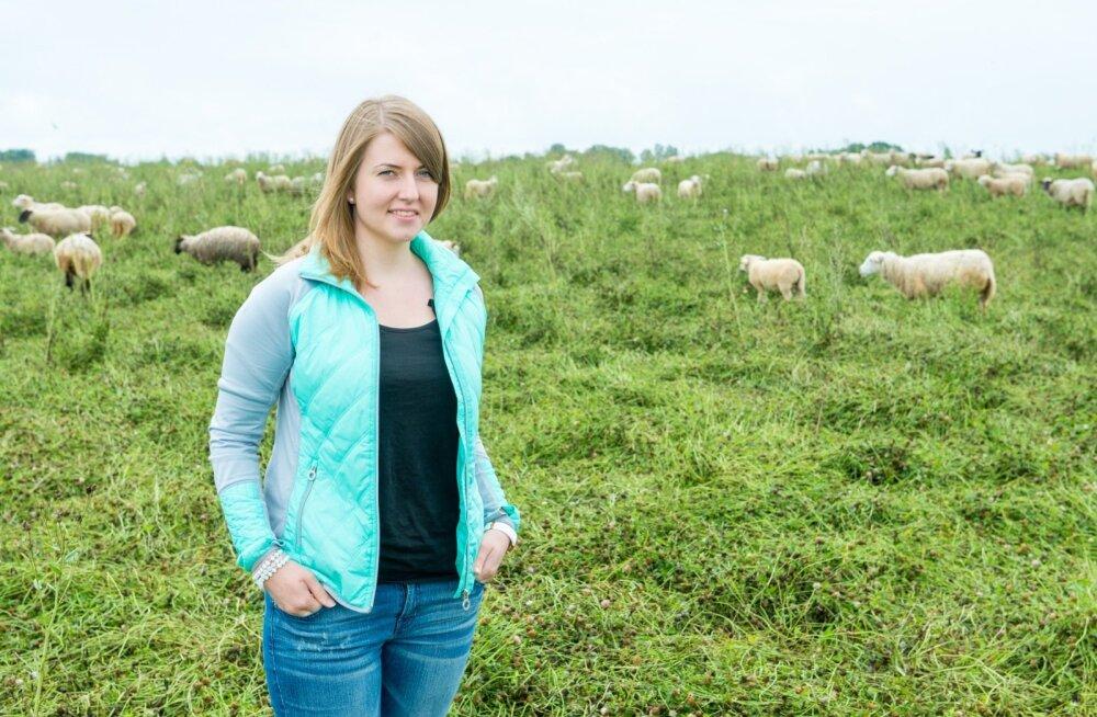 Maarja Uibokand nägi USAs sealset lihatööstust.Oma kodutalus lambaid kasvatades saab ta kasutada värskeid turunduskogemusi. ▶