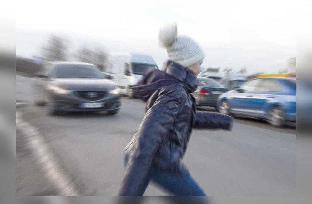 """Родители продолжают бить тревогу из-за """"игр смерти"""": насколько серьезна ситуация в Эстонии?"""
