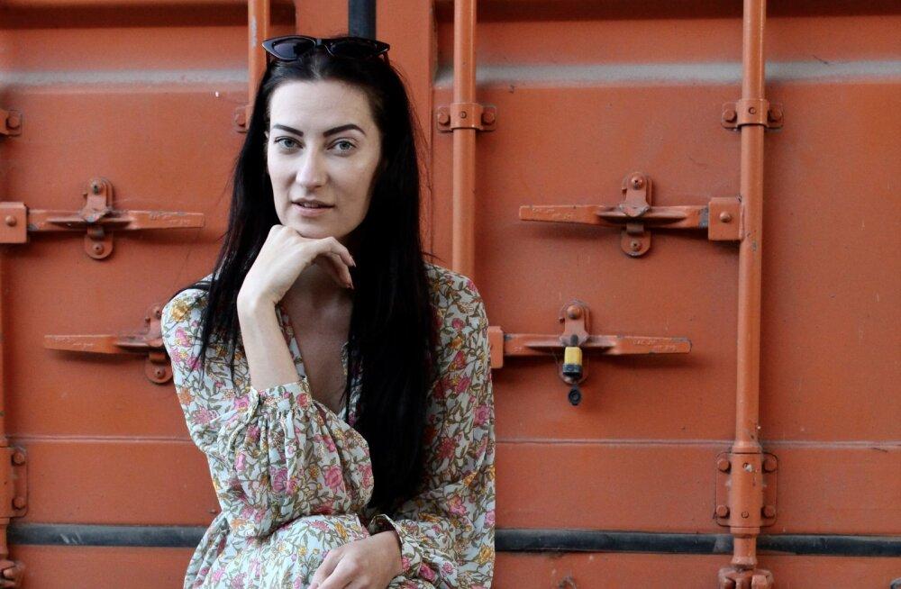 Välismaale kolimine ei ole alati lust ja lillepidu: eestlanna Birgit Veskiväli avaldab, millised ootamatused teda Londonis kanda kinnitades ees ootasid