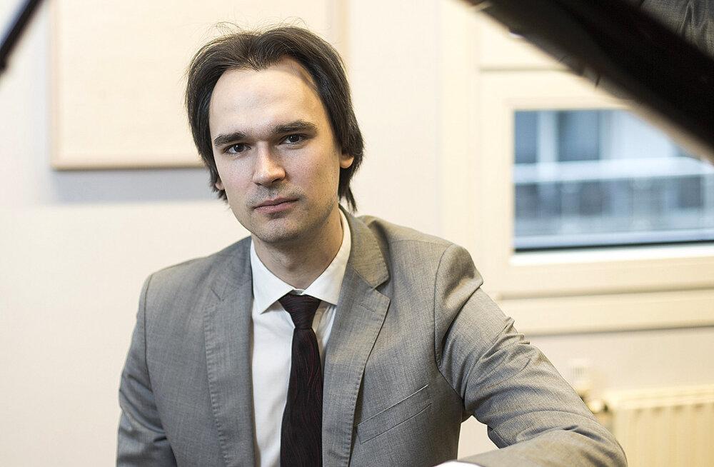 Kontsertpianist Mihkel Poll: kodus on ikka kõige parem!