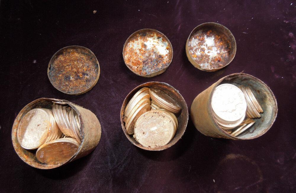 Во время реконструкции театра в Клайпеде был найден исторический клад монет