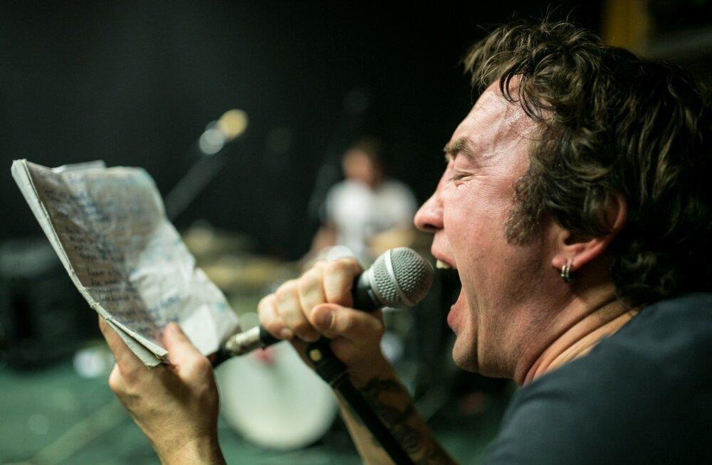 Freddy Grenzmann on Eesti viimane rokkstaar ning punk-rokkansambli Psychoterror laulja.