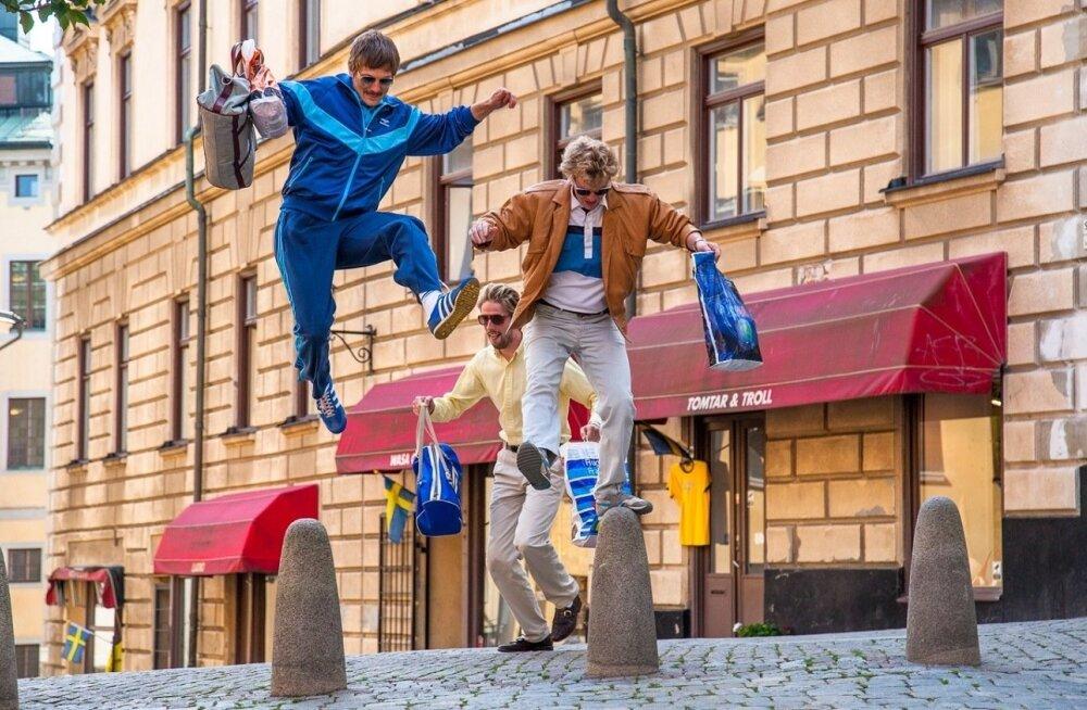 Vabadus. (Vasakult) Kapp, Mario ja Ralf (vastavalt Veiko Porkanen, Karl-Andreas Kalmet ja Märt Pius) jõuavad Rootsi, kuid peagi selgub, et sealne elu polegi nii magus, kui loodeti.