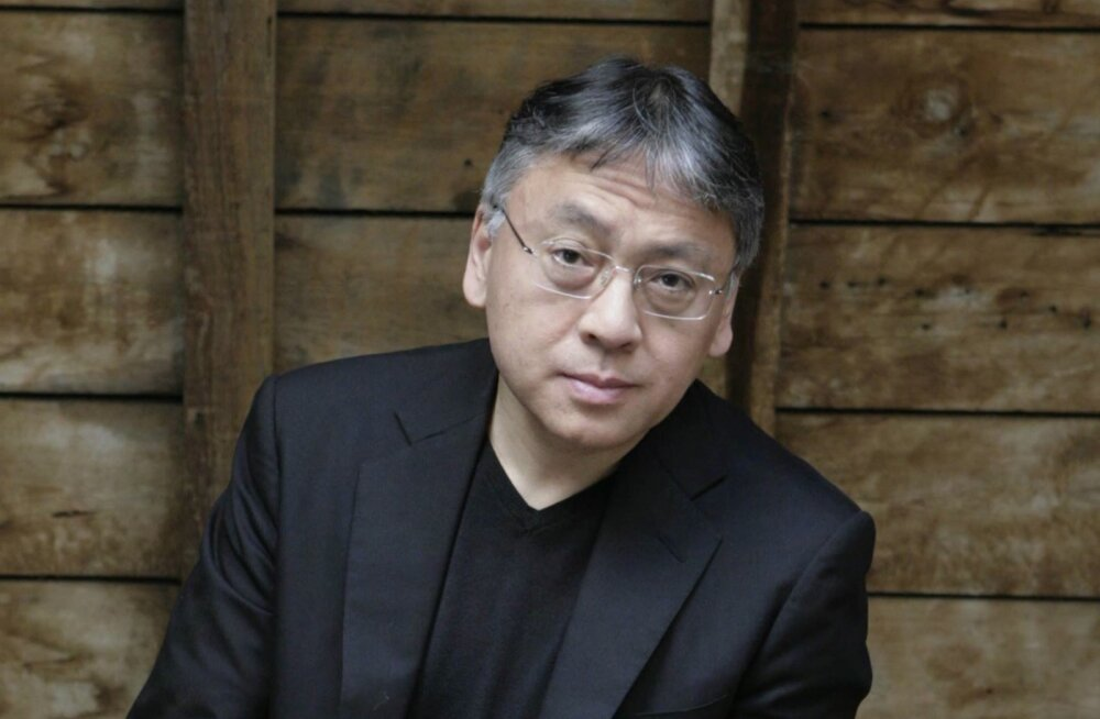Kazuo Ishiguro kirjutab, et võltsmälestused ja müüdid ei lase ühelgi inimesel ega rahval luua selget arusaama oma minevikust.