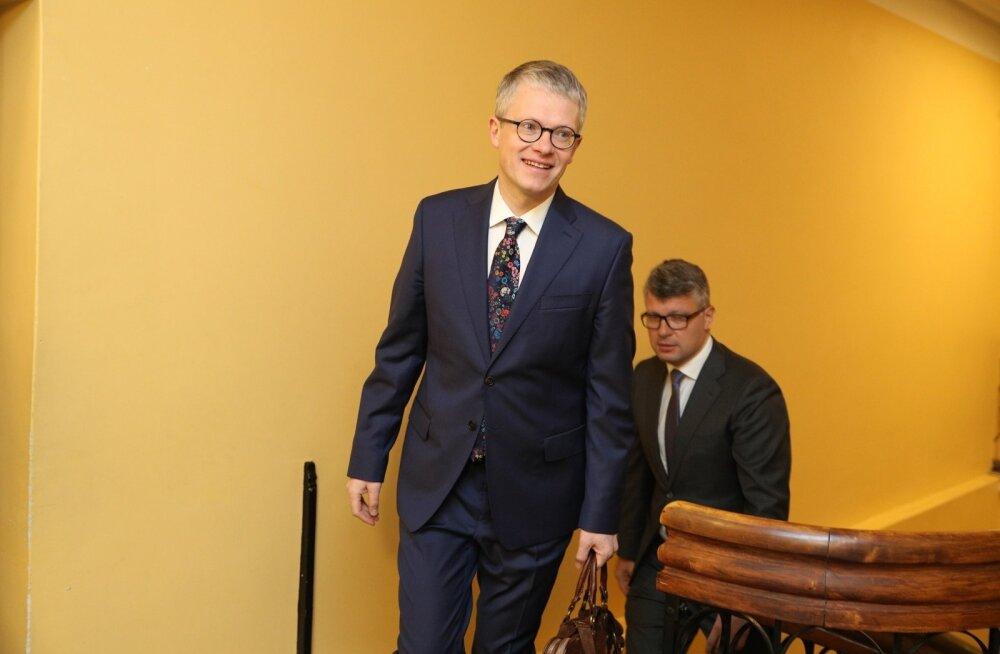 Suhtekorraldaja, poeet ja kolumnist - millega on tulevane riigihalduse minister Janek Mäggi seni tegelenud?