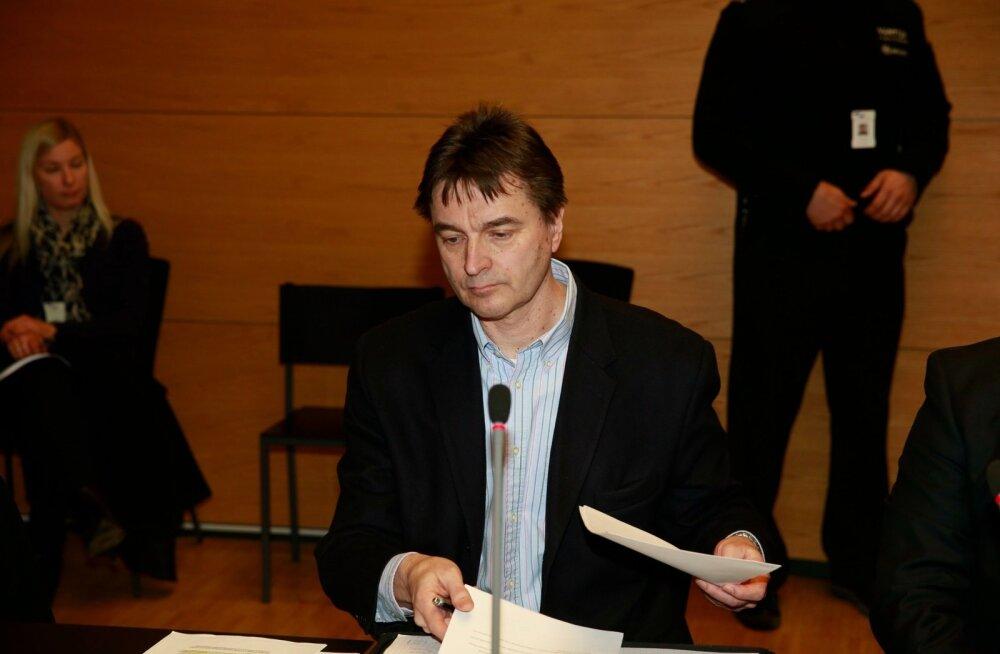 Kriminaaluurija Petri Rainiala nimetab juhtumit keeruliseks ja segaseks.