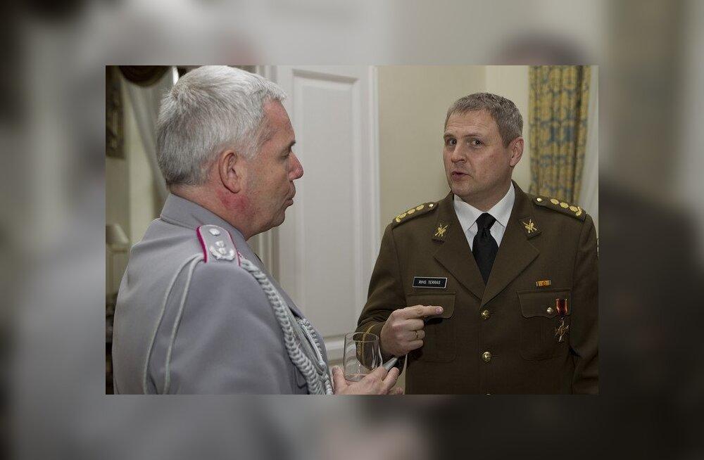 FOTOD: Kolonel Riho Terrasele anti üle Saksamaa kõrgeim sõjaväeline autasu