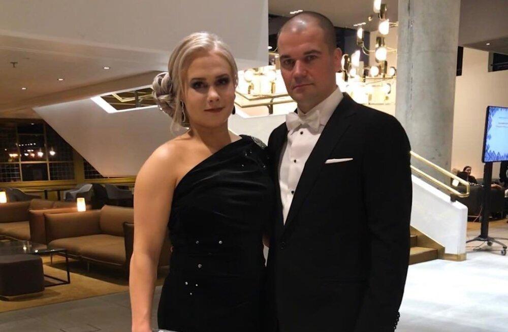 UUS KUUM PAAR | Soomele MM-kulla toonud maadleja saabus presidendi vastuvõtule Eesti ärimehega