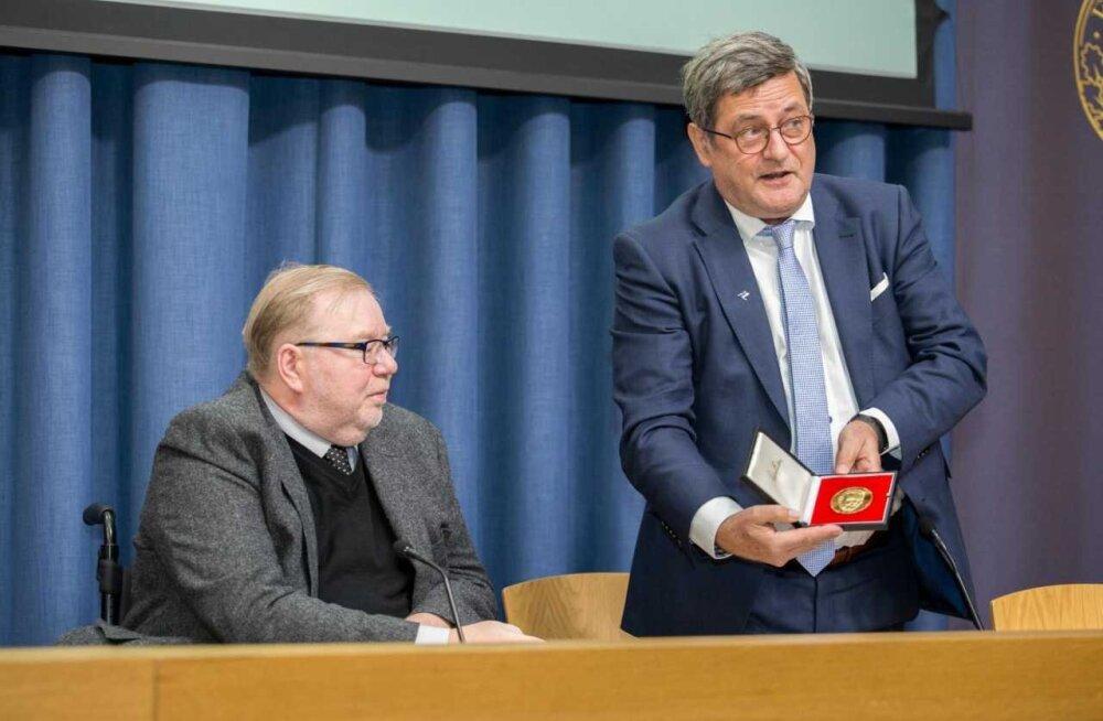 Mart Laar pälvis Ludwig Erhardi medali sotsiaalse turumajanduse silmapaistva edendamise eest