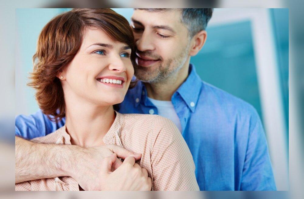 Секс опытной женщины и мальчика смотреть бесплатно