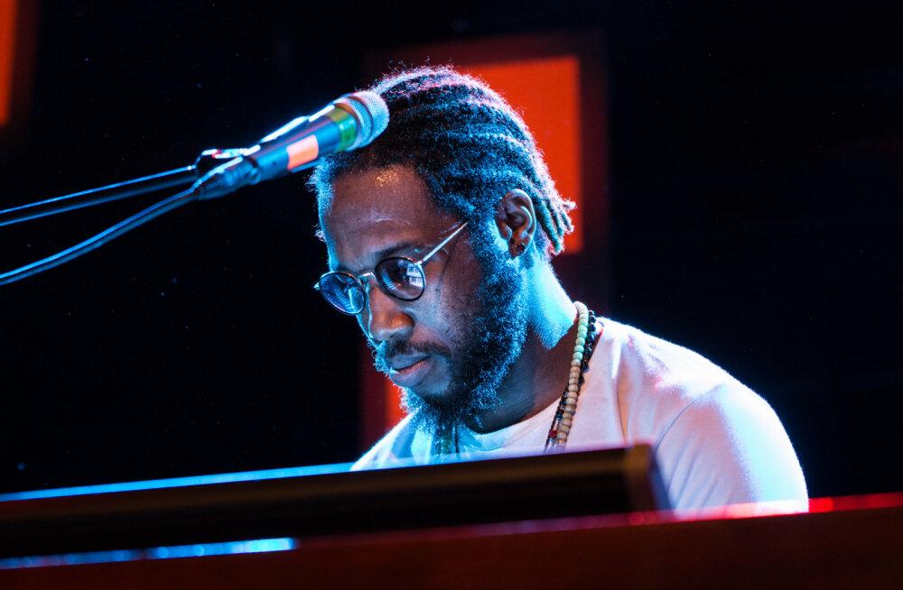 Jazzkaare peaesineja Cory Henry: inimesed tahavad olla funkyd!