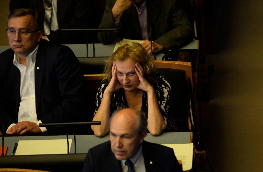 Priit Sibul soovitab erakonna käsu vastu hääletanud Maire Aunastel kaaluda erakonnast lahkumist
