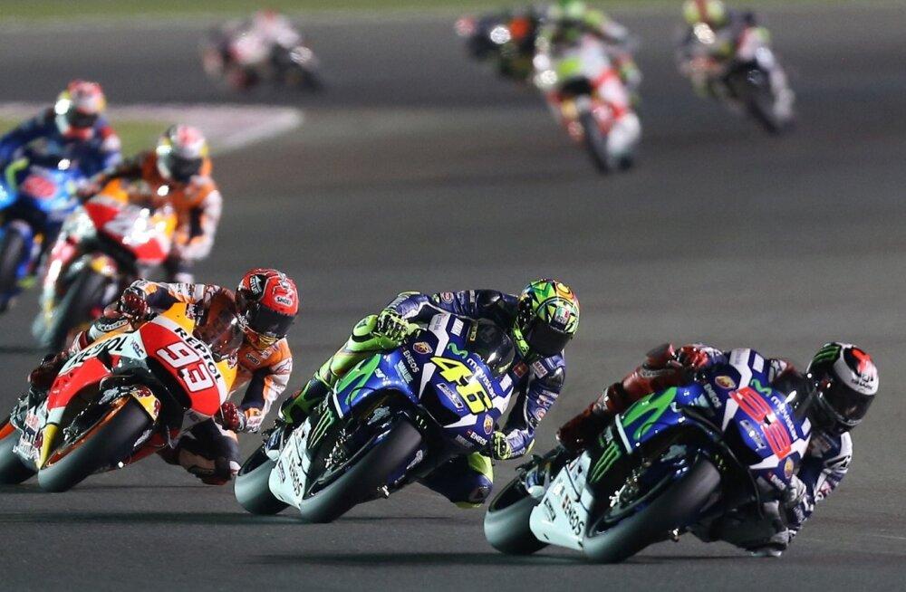 MotoGP hooaega algas Qatari õhtupimeduses