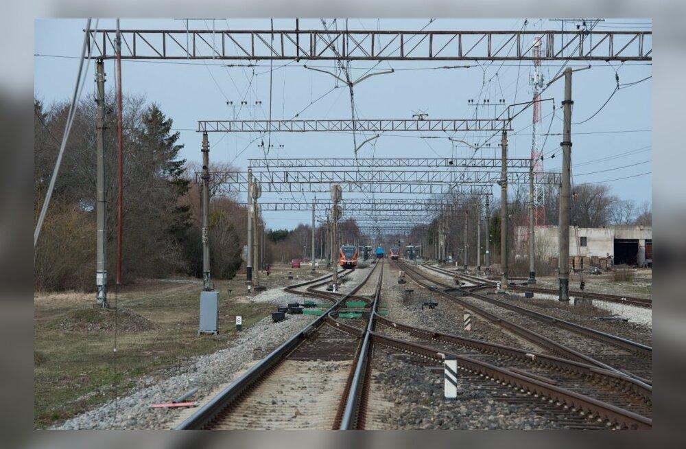 Raasiku raudteeülesõidu taastamine