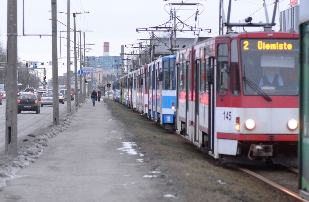 Трамвай линии 2 прекратит ходить до конца августа
