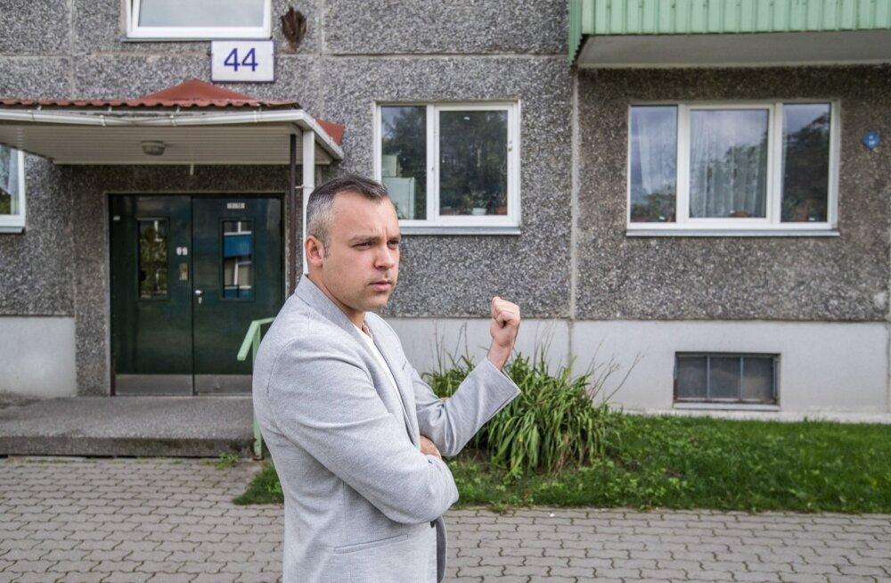 Rain Hallikmäe ei saa endiselt mullu kevadel ostetud korterit kasutada, kuid peab leppima üha suuremaks kasvava võlaga ühistu ees. Seni pole abi olnud ka kohtusse pöördumisest.