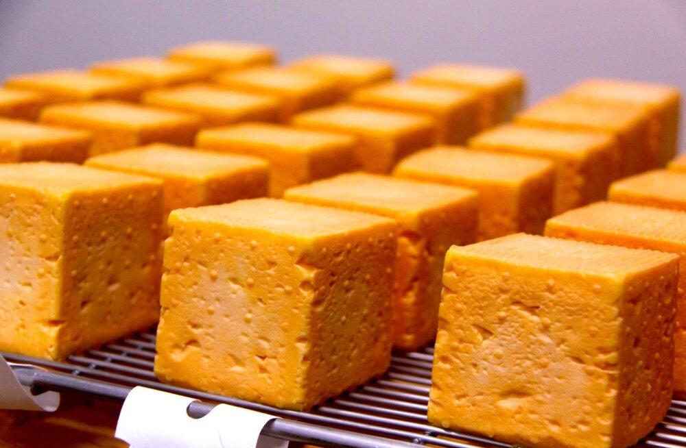 Peamine juust, mida meierei toodab, on eripärane Herve. Nemad on viimased, kes valmistavad juustu pastöriseerimata piimast.