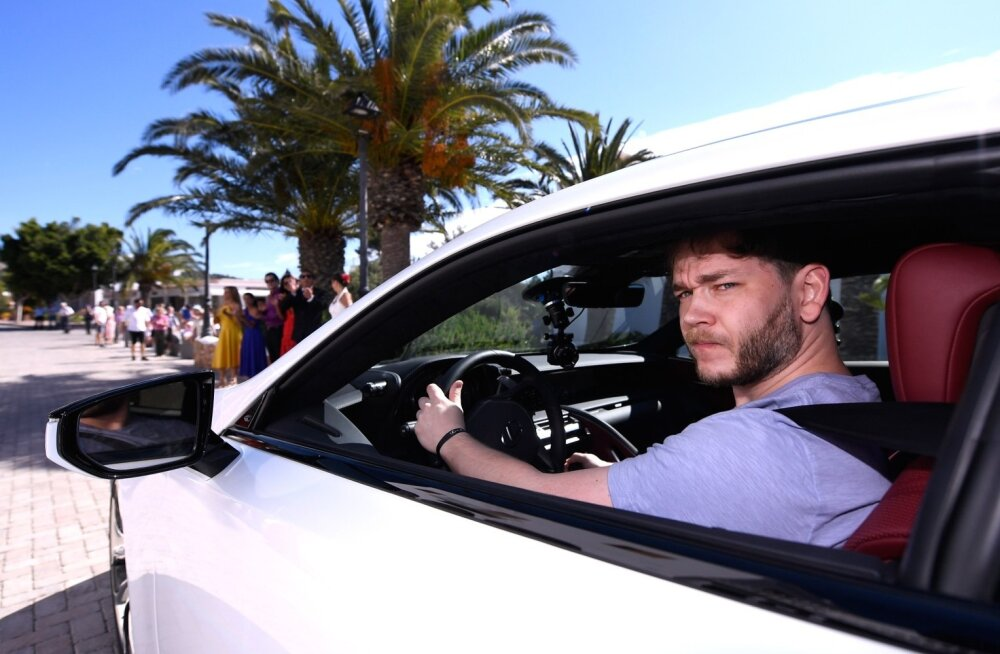 Loo autor valge Lexus LC 500h-ga tutvustusürituse teisel päeval