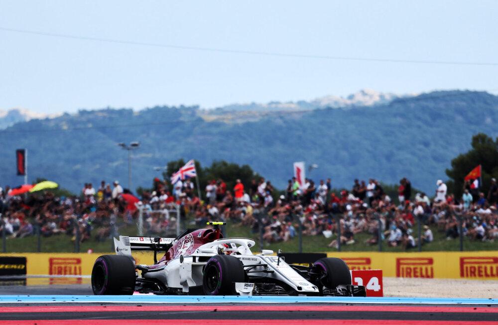 Hamilton ja Vettel kiitsid üllatusmeest
